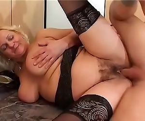 Mature blonde Klara slut loves to take it in a doggy style position 25 min